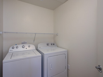 condos for rent in phoenix - laundry room