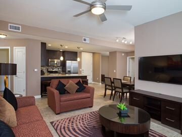 condos for rent in phoenix - living room