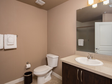 condos for rent in phoenix - second bathroom