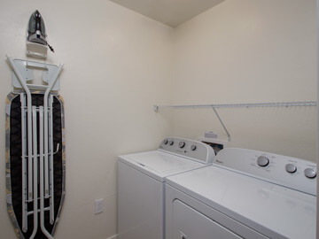 condos for rent in phoenix - calviano laundry room