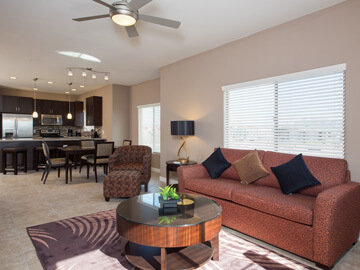condos for rent in phoenix - living and dining room