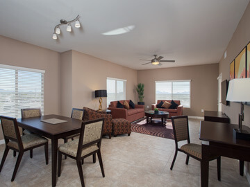 phoenix condo rentals - milano dining and living room